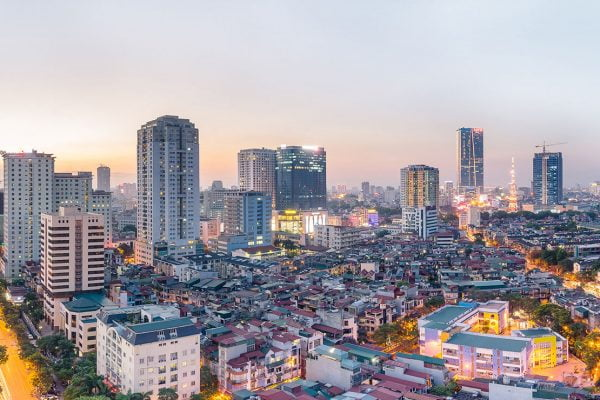 Vietnam in: Travelers' Imagination and Reality