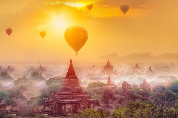 All the places to admire spectacular sunset view in Myanmar