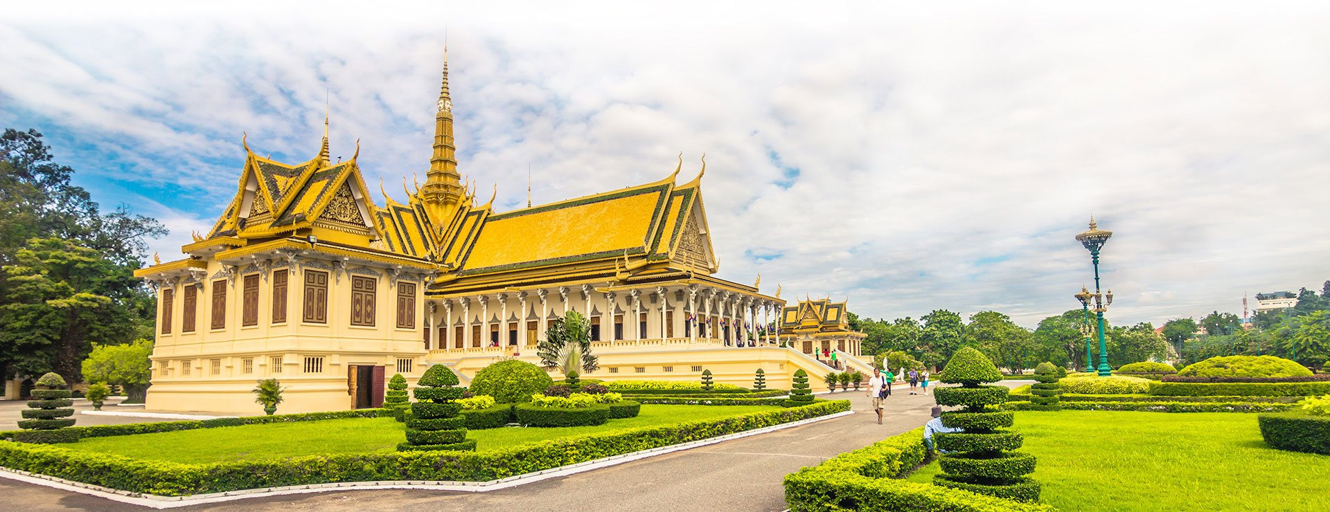 What should you do with a day in Phnom Penh, Cambodia?