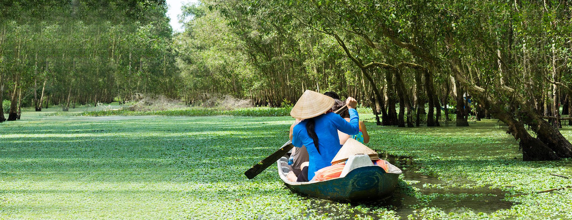 How does Vietnam become one of the best choices for holiday makers