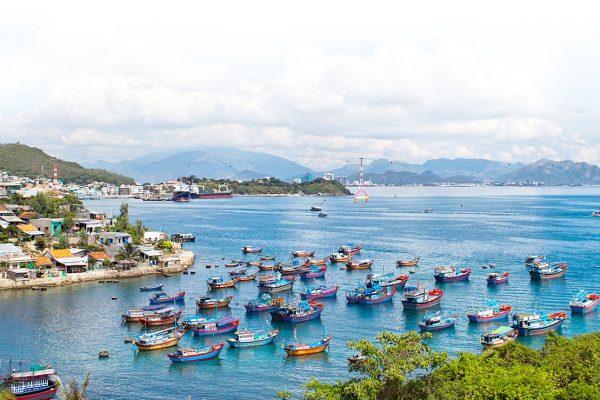 Vietnam en la imaginación de los viajeros y en la realidad
