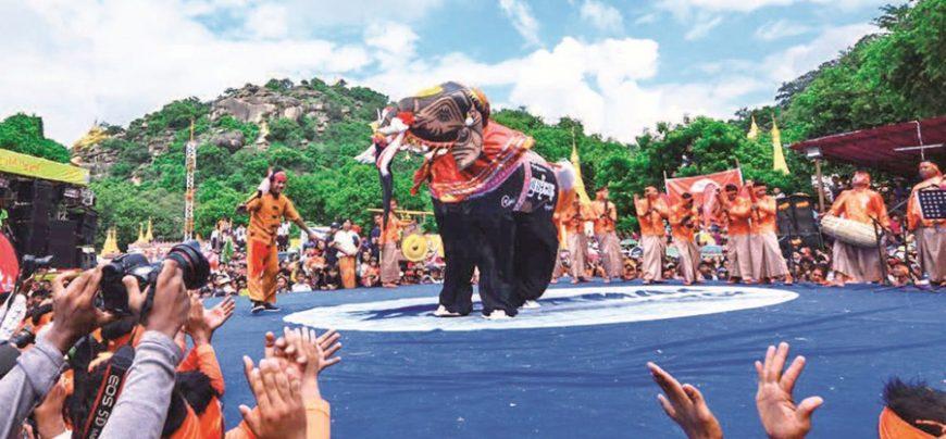 Dancing Elephant Festival Kyaukse