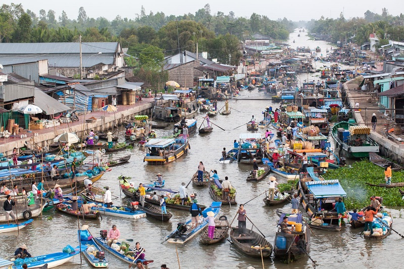 A guide to all the signature floating markets in Mekong Delta of
