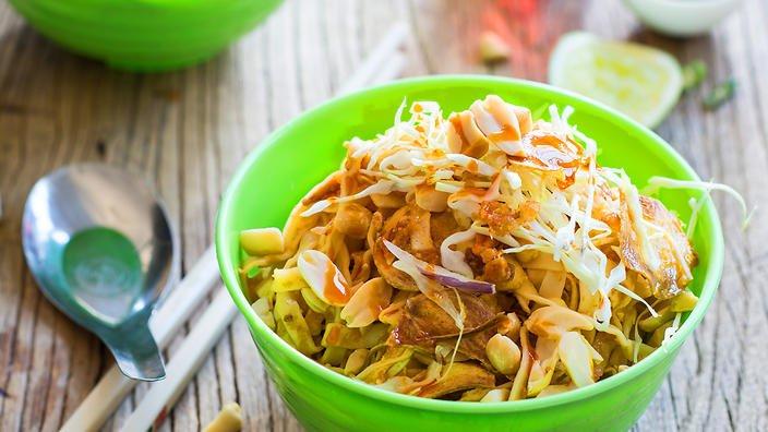 myanmar noodlea salad