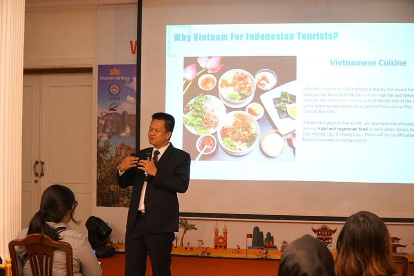 Mr. Quyen providing more information about Vietnam's beautiful culture and cuisine
