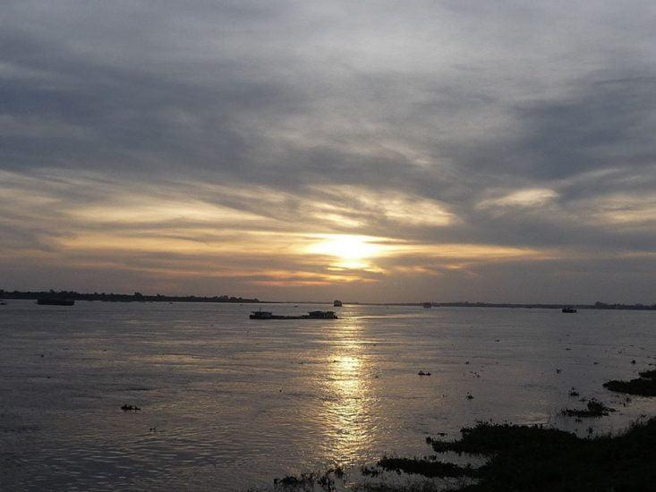 Sunrise in Phnom Penh