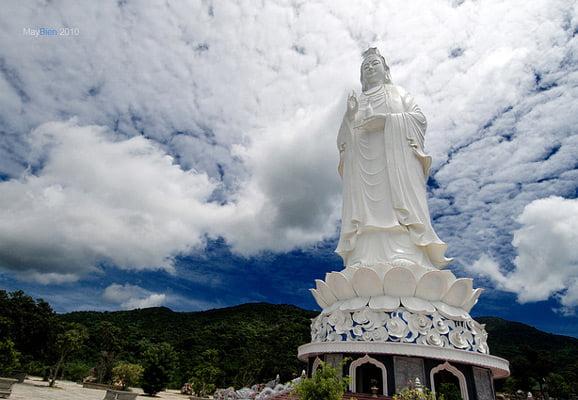 Lady Buddha, Danang