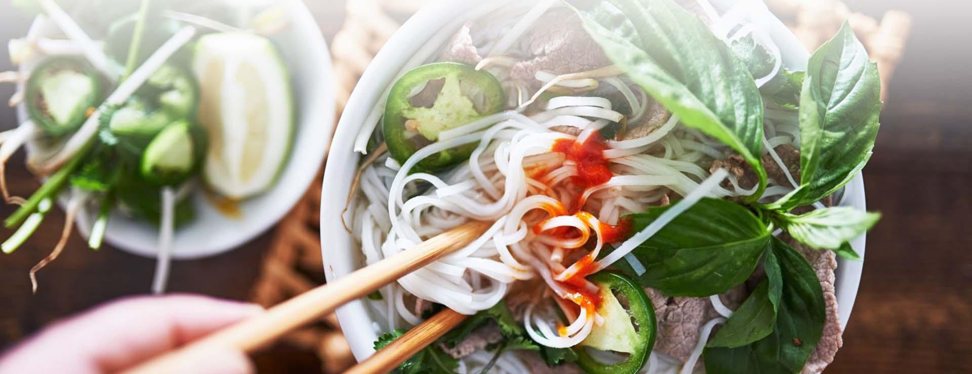¿Quiere comer como un local en Hanoi? – Así es cómo